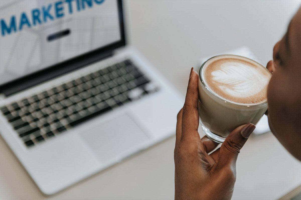 Jakie czynniki wpływają na sprzedaż w Internecie?
