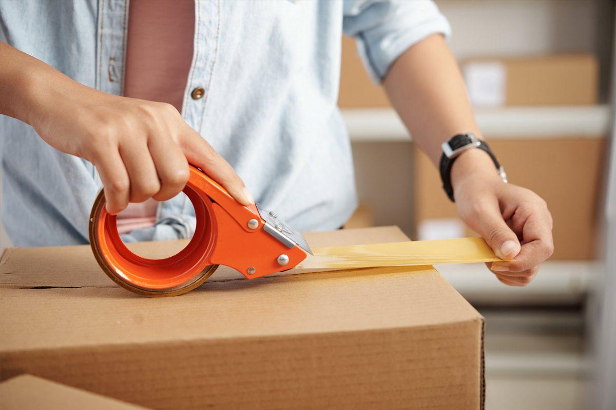 Pakowanie zamówień w sklepie internetowym – wszystko, co musisz wiedzieć