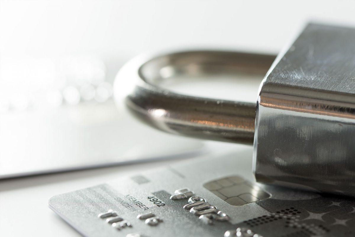 Płatności internetowe – jak zwiększyć bezpieczeństwo w czasie zakupów?