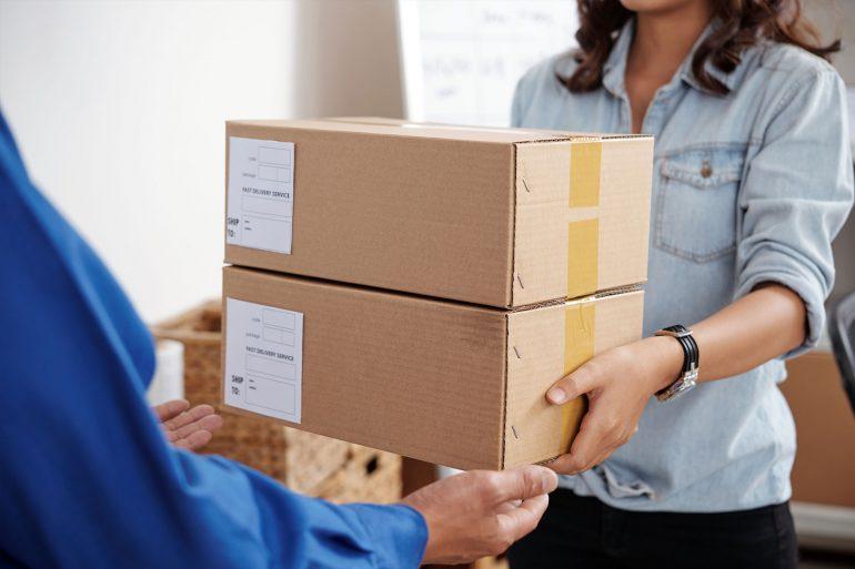 Zwrot towaru w sklepie internetowym – jak to działa?